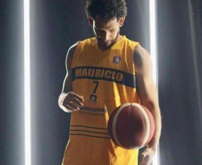 Su Debut Hoy En El Baloncesto Superior Distrital … Ronald Ricardo Ramon Guerrero.!!!