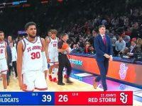 LIONEL J FIGUEROA Y Su Univ. ST JOHN'S … Reciben Catedras De Baloncesto En El Madison Square Garden … Apabullados Por La Univ. VILLANOVA.!!!