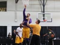 Eloy Vargas Demuestra En Triunfo Los Angeles D-Fenders, NBA D-League.!!