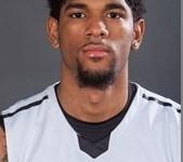 Dominicano Joel Hernandez Y LIU, Derrotan Robert Morris Univ.!!!